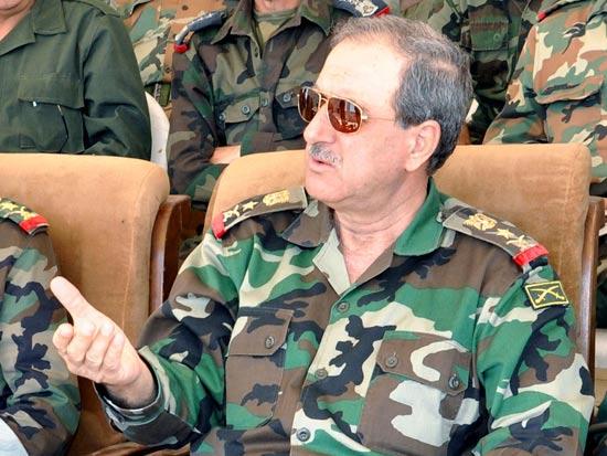 שר ההגנה הסורי דאוד עבדאללה ראג'יחה / צילום: רויטרס