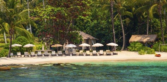 כתבה על טיול באי בורקאי בפיליפינים
