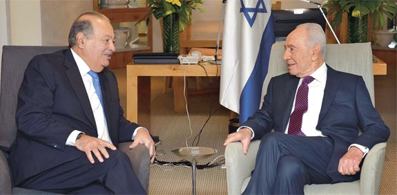 Shimon Peres and Carlos Slim