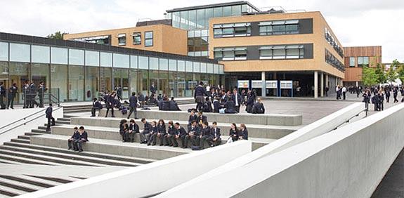 בית ספר בלונדון / צילום: רויטרס