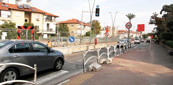 שיפוצים באבא הלל, רמת גן  / צילום: אלי יהב