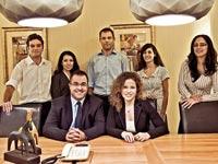 עורכי הדין במשרד רוגל, בן עמי, רוזנבוים / צלם: בן יוסטר