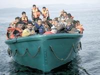 ספינת פליטים ליד חופי טורקיה / צילום: רויטרס
