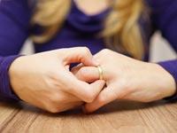 סרבנות גט פוגעת בעיקר בנשים: מדוע זה כך ומה ניתן לעשות?