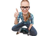 בני נוער קונים ברשת/ צילום:צילום:  Shutterstock/ א.ס.א.פ קרייטיב