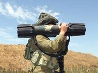 """חייל צה""""ל נושא טיל """"ספייק"""" נגד טנקים מתוצרת רפאל / צילום: רפאל"""