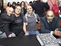 ברק כהן וחבריו ל באים לבנקאים / צילום: אלון רון