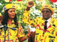Philimon Bulawayo הנשיא מוגאבה ואשתו גרייס: רויטרס