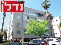 רחוב בורלא, תל אביב / צילום: איל יצהר