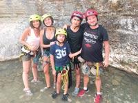 אורן וטלי שגיא עם ילדיהם, רוני, איתי וגיל, בטיול ביוון / צילום: משפחת שגיא