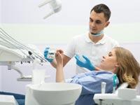שחזור שיניים. לא כל טיפול יתאים לכל אחד / צילום:Shutterstock/ א.ס.א.פ קרייטיב