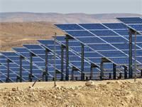 פאנלים סולריים בנגב / צילום: שאטרסטוק, א.ס.א.פ קריאייטיב