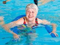 זקנים, קשישים, פרישה, פנסיה, מנהלים חופשה זקנה מבוגרת  / צלם: פוטוס