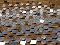 התקנת מערכות סולאריות לייצור חשמל? לא במגזר הערבי / צלם רויטרס
