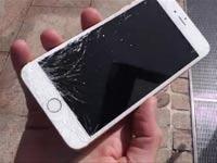 """5 מיליון צפיות: סרטון מבחן """"הנפילה"""" לאייפון 6 החדש"""