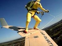 תעופה, סקי בשמיים, Wingboarding , ספורט אתגרי / צילום: CNN