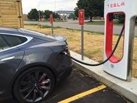 """תחנות הטענה לרכב חשמלי, טסלה, הטענה מהירה, Supercharger V3 Tesla / צילום: יח""""צ"""