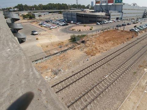 תחנת הרכבת בני ברק/ צילום: דפי הירשפלד-שלם