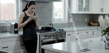מוצר ישראלי חדשני שטוען כל סמארטפון בחדר אושר לשימוש