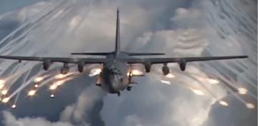 חיל האוויר האמריקני מתחיל לחמש מפציצים בנשק גרעיני