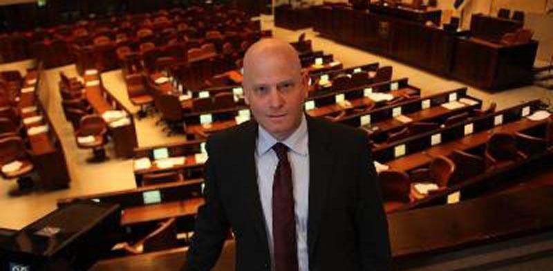 קצין הכנסת והיועץ המשפטי מרוויחים יותר מראש הממשלה 1334574-800