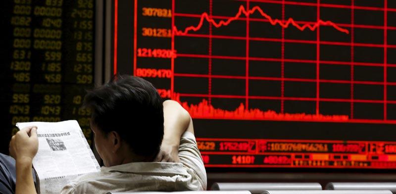 שתי המניות שהתרסקו אמש עד 24% - ומפחידות את השווקים
