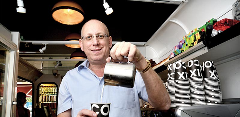 Cofix owner Avi Katz Photo: Eyal Yizhar