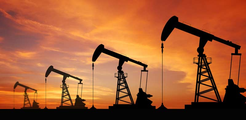 oil wells  photo: Shutterstock