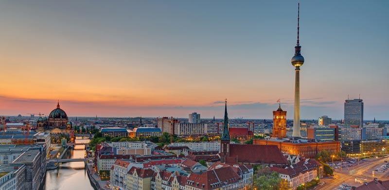 """לקבלת המדריך המלא להשקעת נדל""""ן בטוחה בברלין – יעד הנדל""""ן המוביל באירופה >>"""