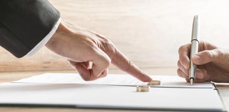 לשון הרע בין בני זוג בהליכי גירושין / צילום:  Shutterstock/ א.ס.א.פ קרייטיב