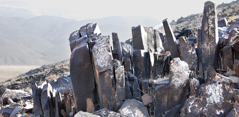 יופי מדברי.הפריזמות בהר ערוד / צילומים: יותם יעקבסון