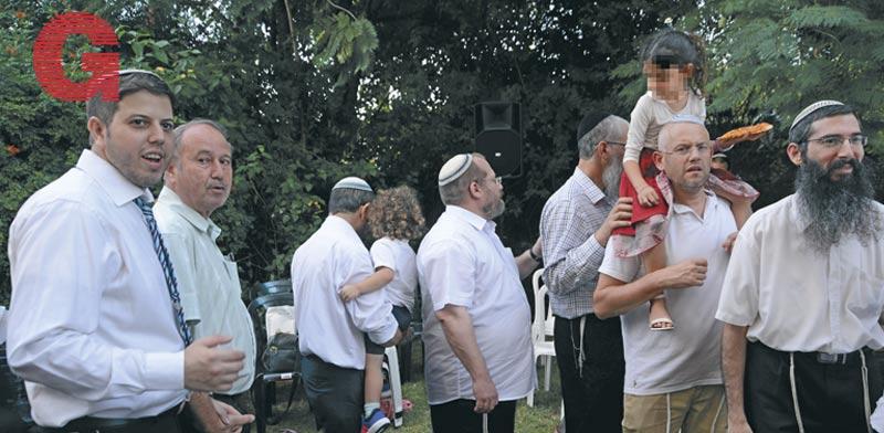 כנס התמיכה לעמותה בביתו של אחד התורמים. מנסים להציל את מה שנותר / צילומים: איל יצהר