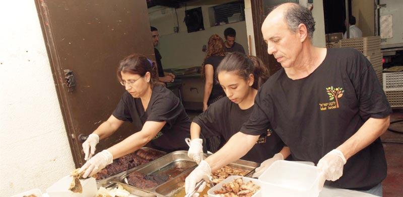 מתנדבי ארגון לקט ישראל /  / צילום: יחצ
