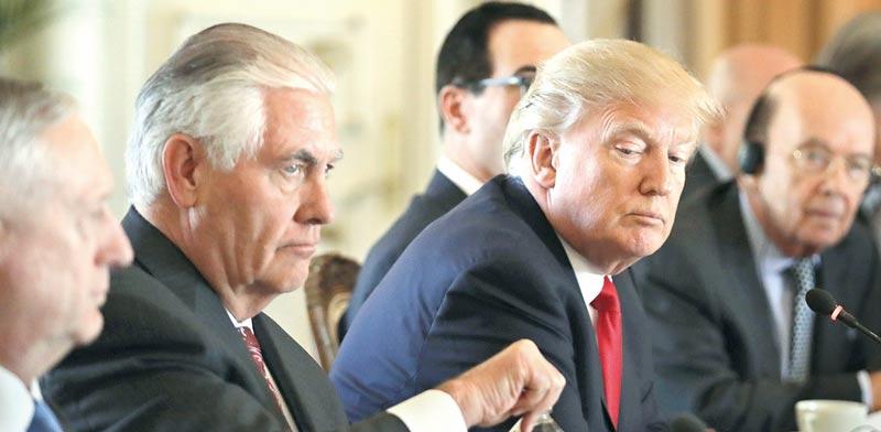 טראמפ וטילרסון /  צילום: רויטרס