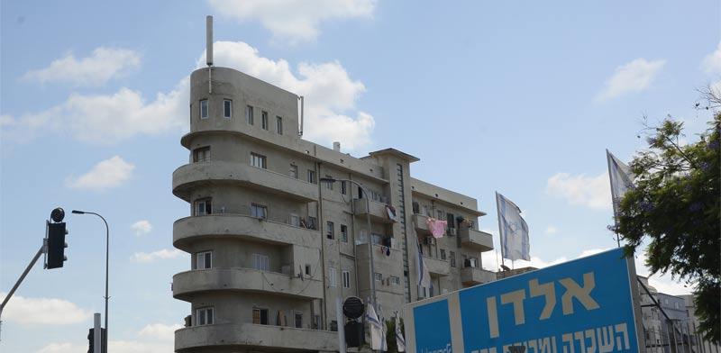 המגרש של אלדן. 41 דירות בקומות העליונות / צילום: איל יצהר
