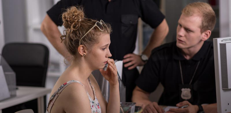 תלונות שווא במאבקי גירושין/ צילום:  Shutterstock/ א.ס.א.פ קרייטיב