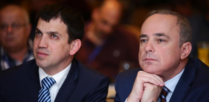 שר האנרגיה דר יובל שטייניץ ומנכל המשרד שאול מרידור/ צילום: דרור סיתהכל