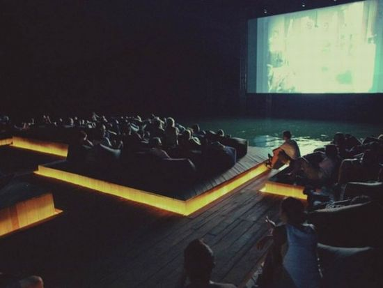 floating_movie_theater/   /walyou.com