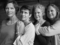 4 אחיות 40שנה שנת 1995/Nicholas Nixon צילום מסך ניו יורק טיימס
