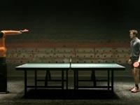 רובוט מול אלוף העולם בפינג פונג / מתוך: צילום מסך יוטיוב
