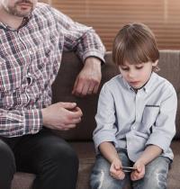 גירושים. בית המשפט נוטה להימנע מאישור ביצוע בדיקות אבהות, מאחר שאין זה אינטרס של הילד וטובתו/ צילום: Shutterstock/ א.ס.א.פ קרייטיב