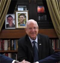 """בני גנץ ובנימין נתניהו בפגישה עם הנשיא ראובן ריבלין / צילום: חיים צח, לע""""מ"""