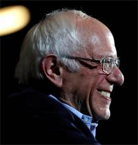 ברני סנדרס, לאחר שהוכרז כמנצח בבחירות המקדימות בנבאדה / צילום: מייק סגר, רויטרס