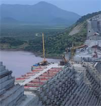 בניית הסכר באתיופיה, אוקטובר 2019. הממשלה מבקשת לחבר את כל  110 מיליון תושביה 'לאספקת חשמל סדירה צילום: רויטרס