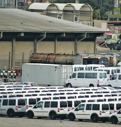 רכבי יבוא בנמל אשדוד/ צילום: תמר מצפי