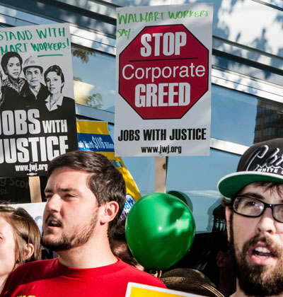 עובדי וולמארט מפגינים בסבב הפיטורים הקודם./ צילום: Shutterstock  א.ס.א.פ קריאייטיב