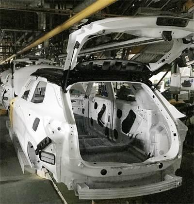מפעל רכב מושבת  של GM בקוריאה הדרומית צילום: רויטרס, Yonhap News Agency