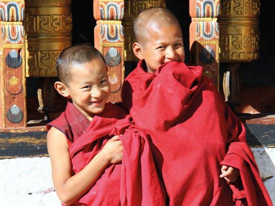 בבהוטן האושר מעוגן בחוקה ואף נלמד כמקצוע בבית הספר / צילום: Shutterstock.com/ א.ס.א.פ קראייטי