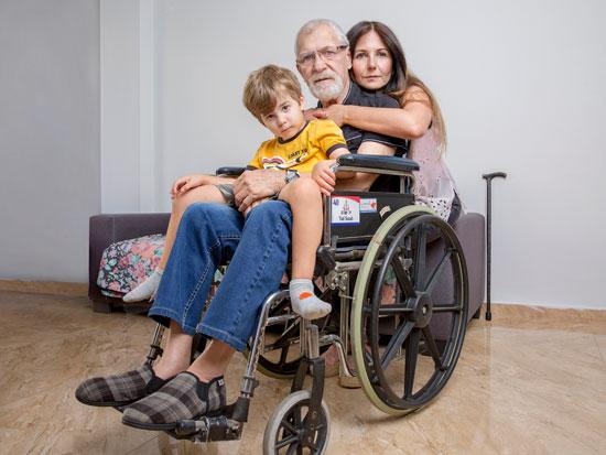 סולי אורגד, מטפלת באביה בן ה-82 / צילום: ענבל מרמרי