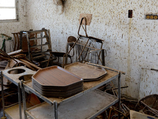 חדר האוכל הנטוש. עומד סגור כבר 20 שנה / צילום: איל יצהר